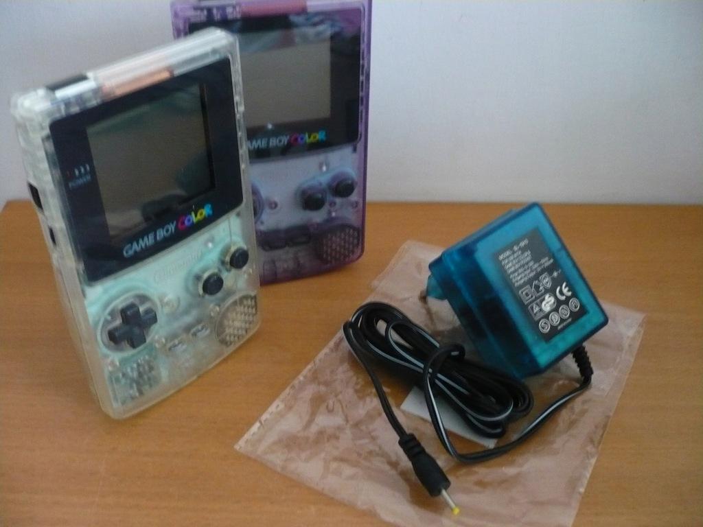 Ładowarka prądowa dla Game Boy COLOR - NOWA