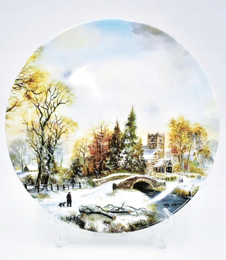 5997-21 A WALK IN THE SNOW ROYAL DOULTON TALERZ