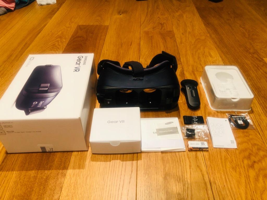 Samsung Gear Vr 2 +kontroler- idealny stan komplet