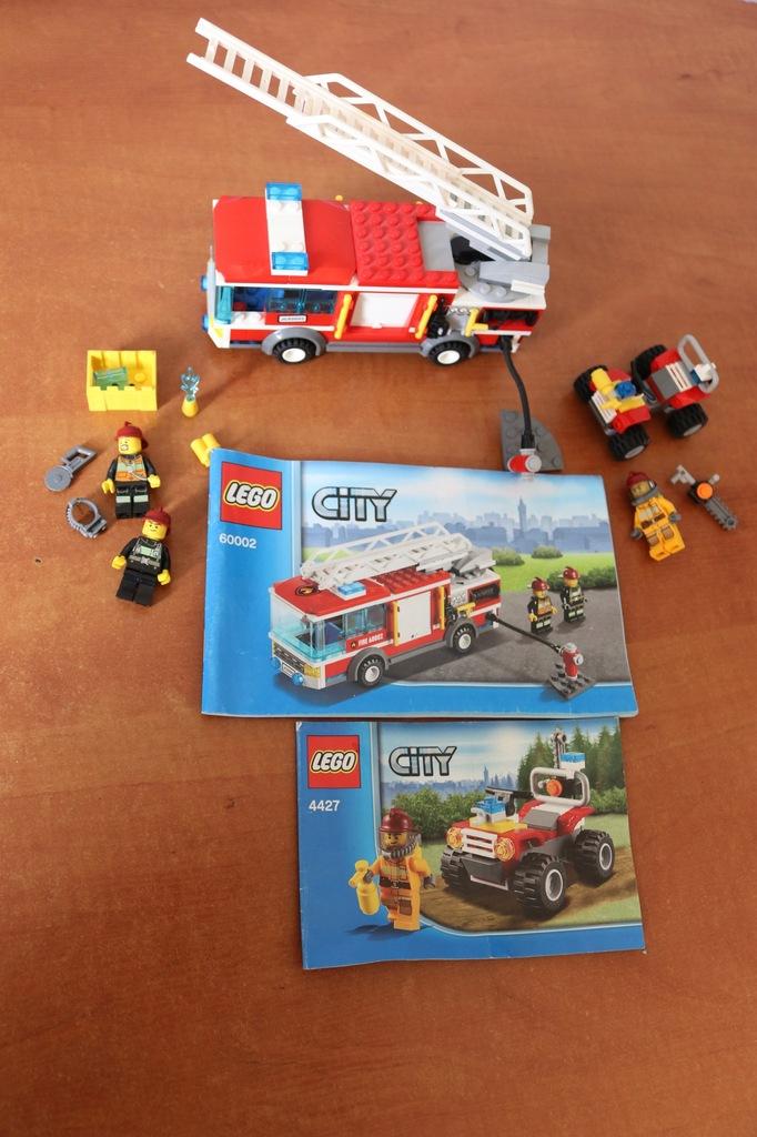 8. LEGO CITY 60002/4427