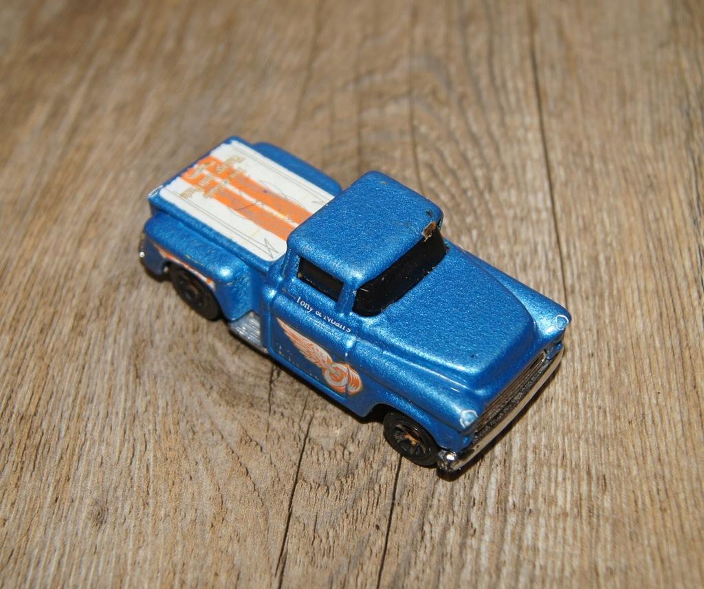 Autko samochod resorak Hot Wheels niebieski