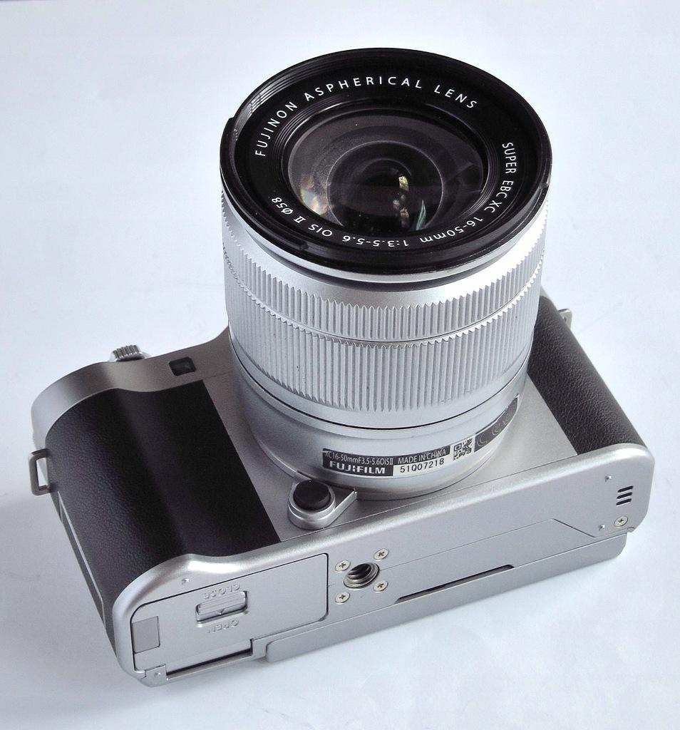 Fujifilm X-A5 Fuji + XC 16-50 II