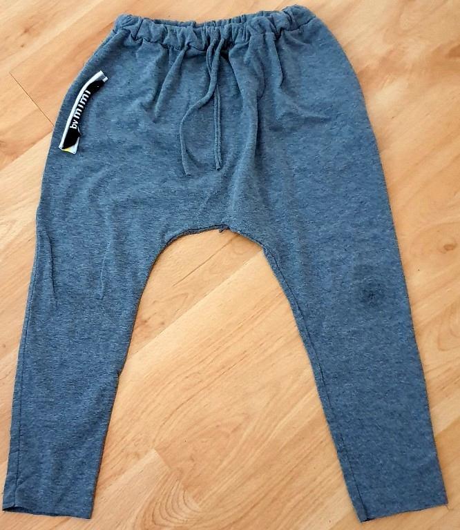 Spodnie dresowe shaggy 128