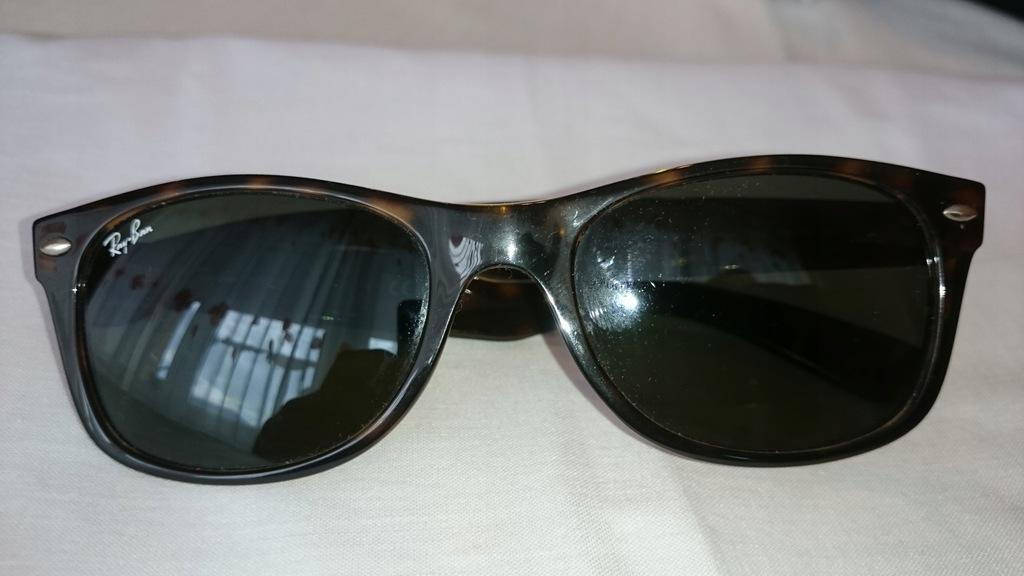 okulary przeciwsłoneczne RB2132 NEV WAYFARER