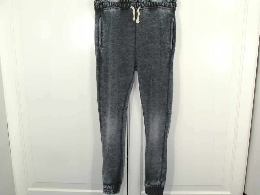 ZARA spodnie dresowe typu baggy 128 cm, 8 lat