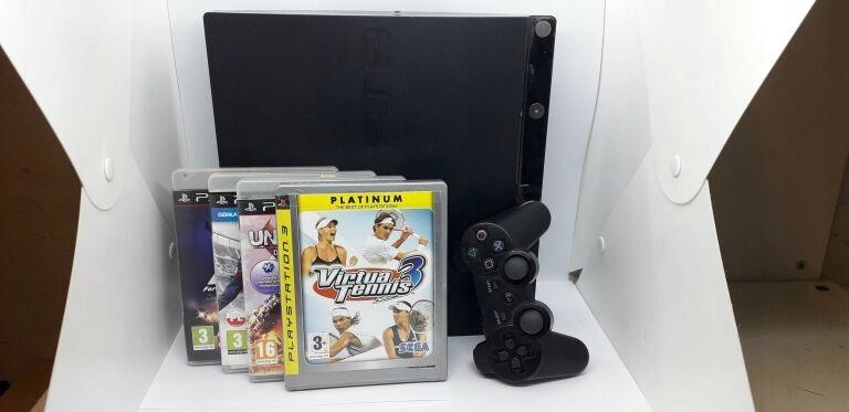 KONSOLA PS3 160 GB + PAD, 4 GRY