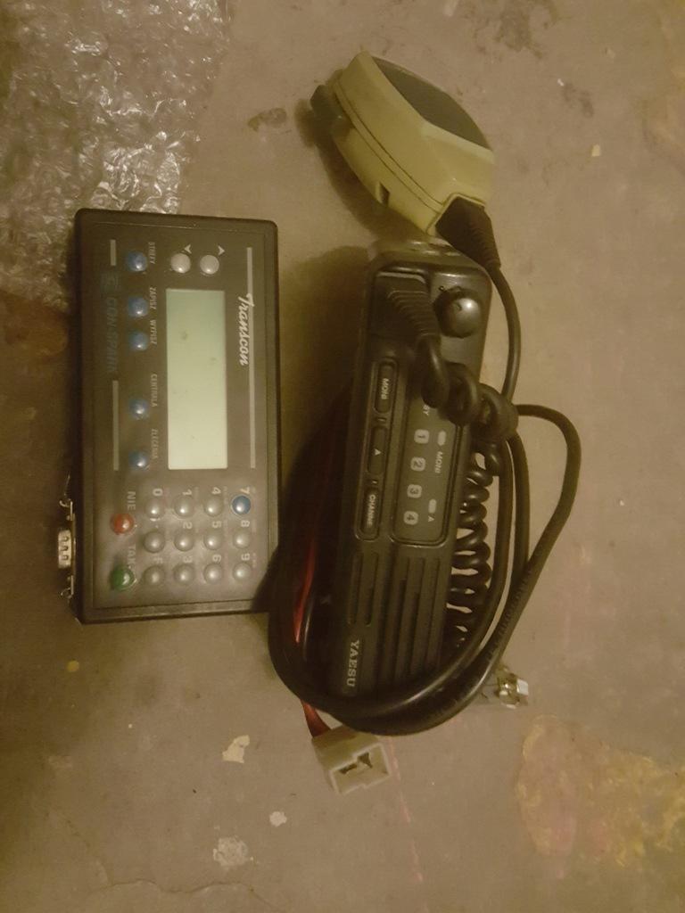 RADIO TAXI TERMINAL YAESU 2000U