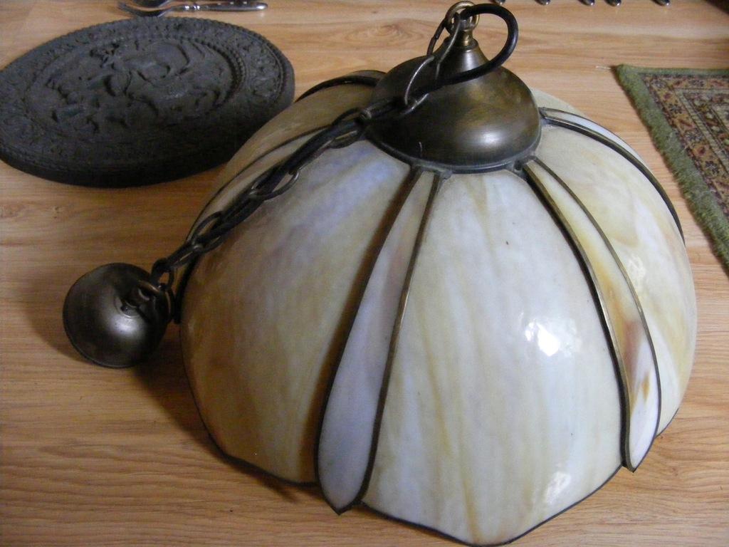 Lampa kuchenna ala Tifani