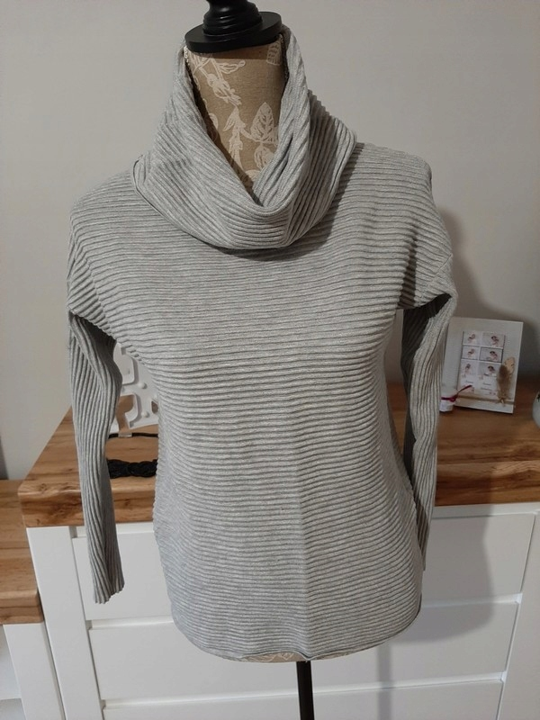 SWETER GOLF SZARY RESERVED S