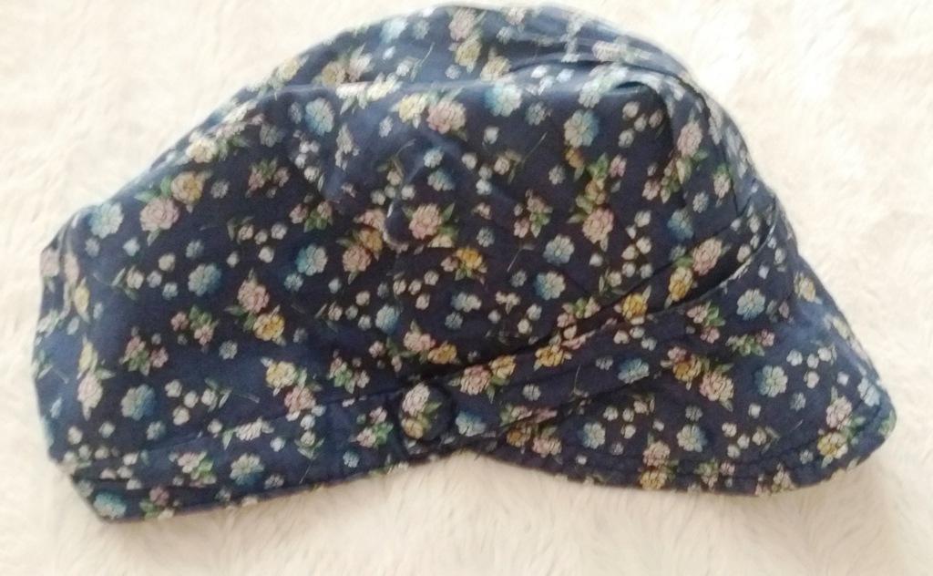 Czapka z daszkiem czapeczka w kwiatki 4-5l floral