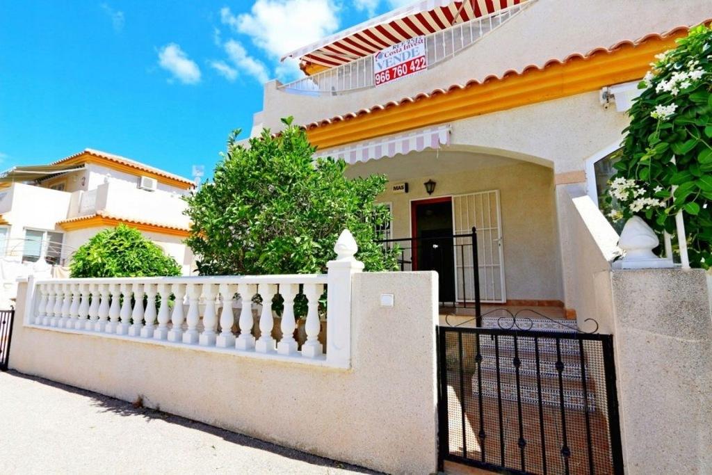 Dom, Alicante, 66 m²
