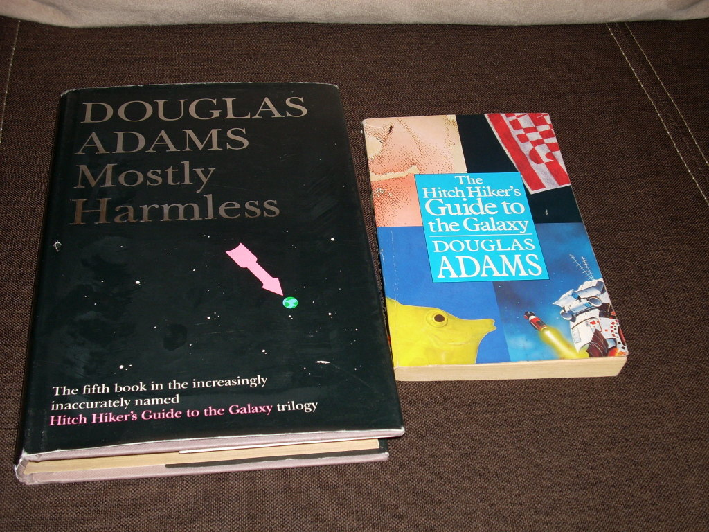 DOUGLAS ADAMS Mostly harmless Hitch hiker's guide