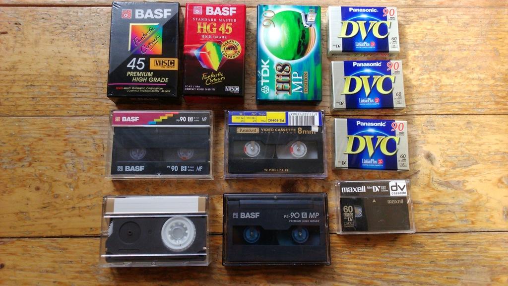 Zestaw różnych kaset video, nowe, używane 11 szt.