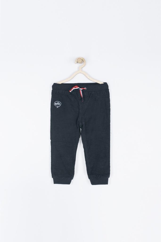 Granatowe chłopięce spodnie 62