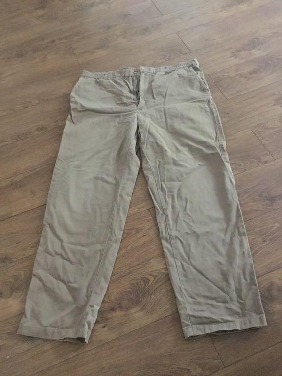 Brązowe spodnie meskie r.xl M& S