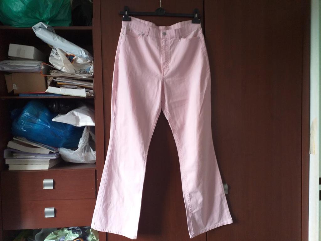 rozowe dzinsowe spodnie damskie, roz. 42
