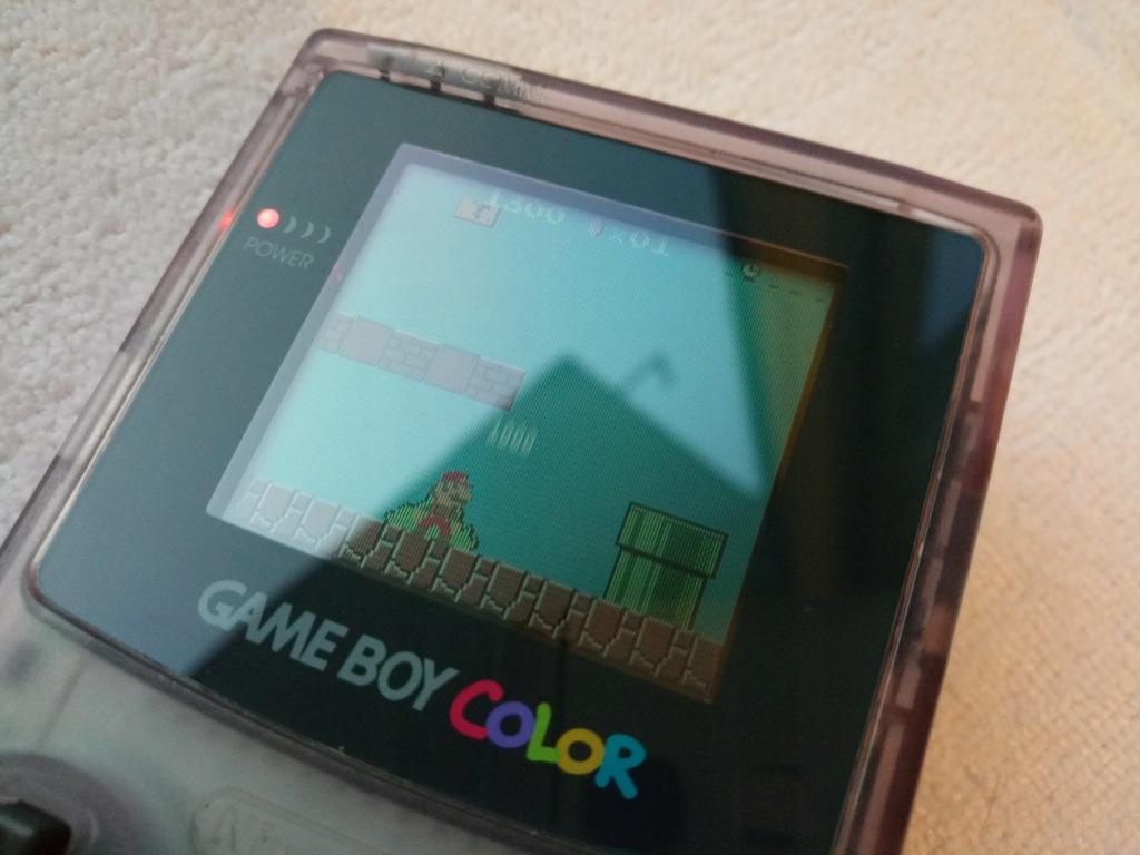 Konsola Game Boy Color Atomic Purple