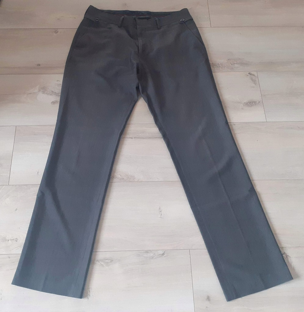 Oryginalne Męskie Spodnie RESERVED r. 50