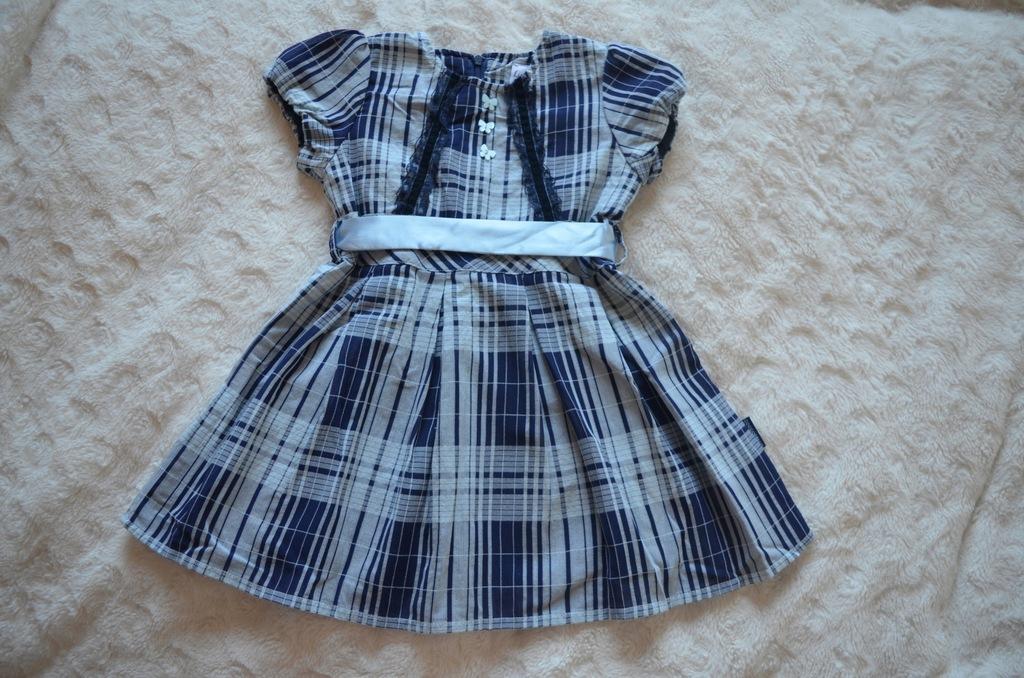 Śliczna sukienka w kratkę - COCCODRILLO 98