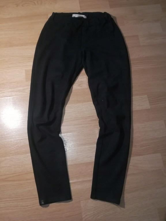 Reserved 38 M legginsy spodnie tregginsy
