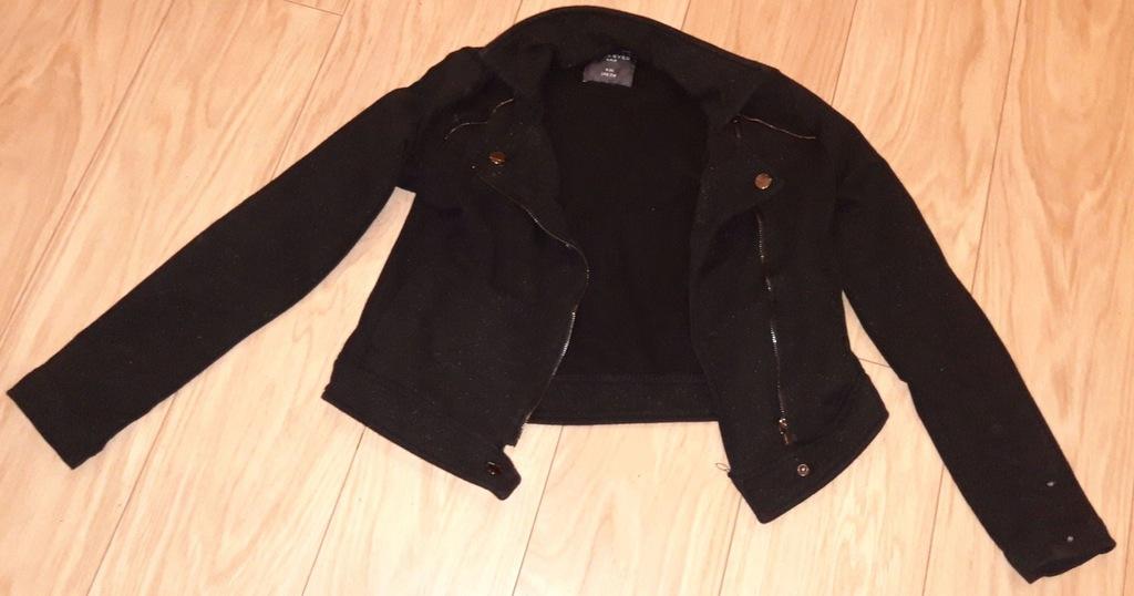 Czarna ramoneska, marki Reserved, w rozmiarze 146