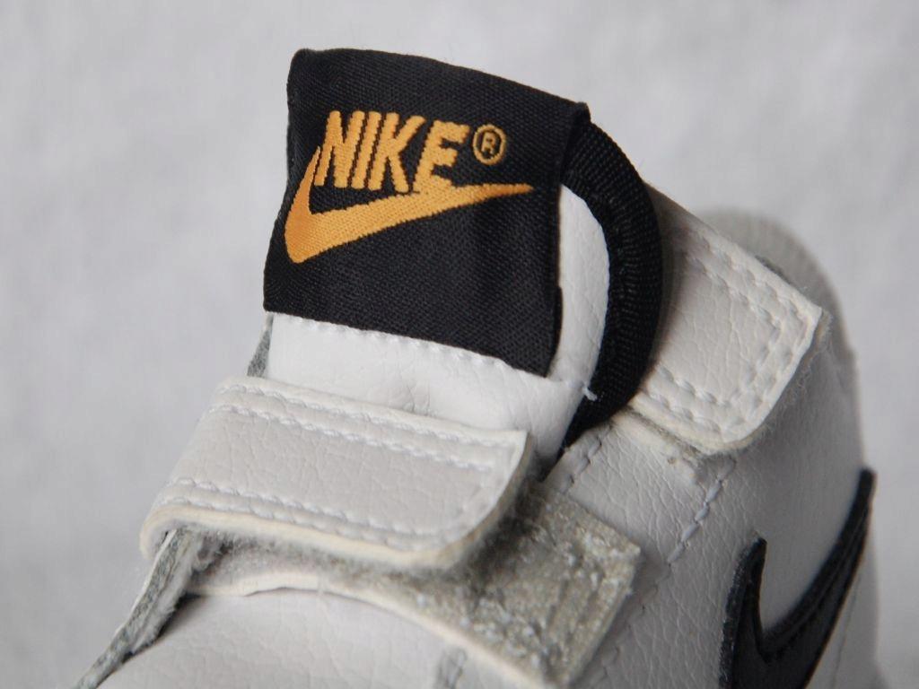 buciki niemowlęce marki Nike (rozm. 18 / 8,5 cm)