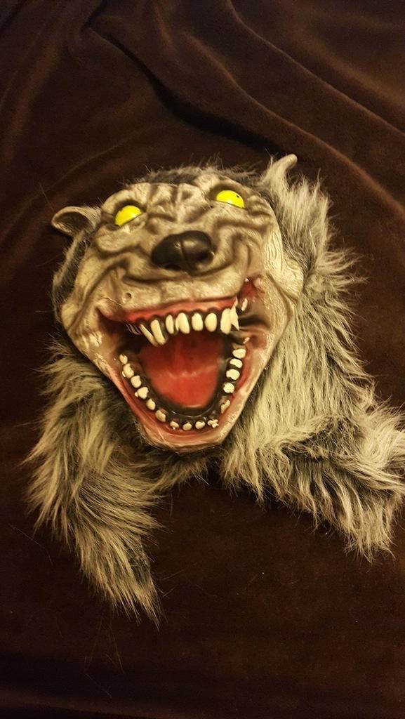 maska wilkołak , wilk