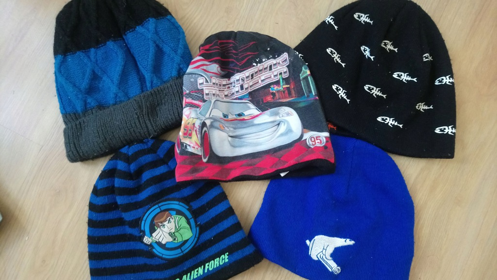 czapki 4- 8 lat Disney, Cartoon Network