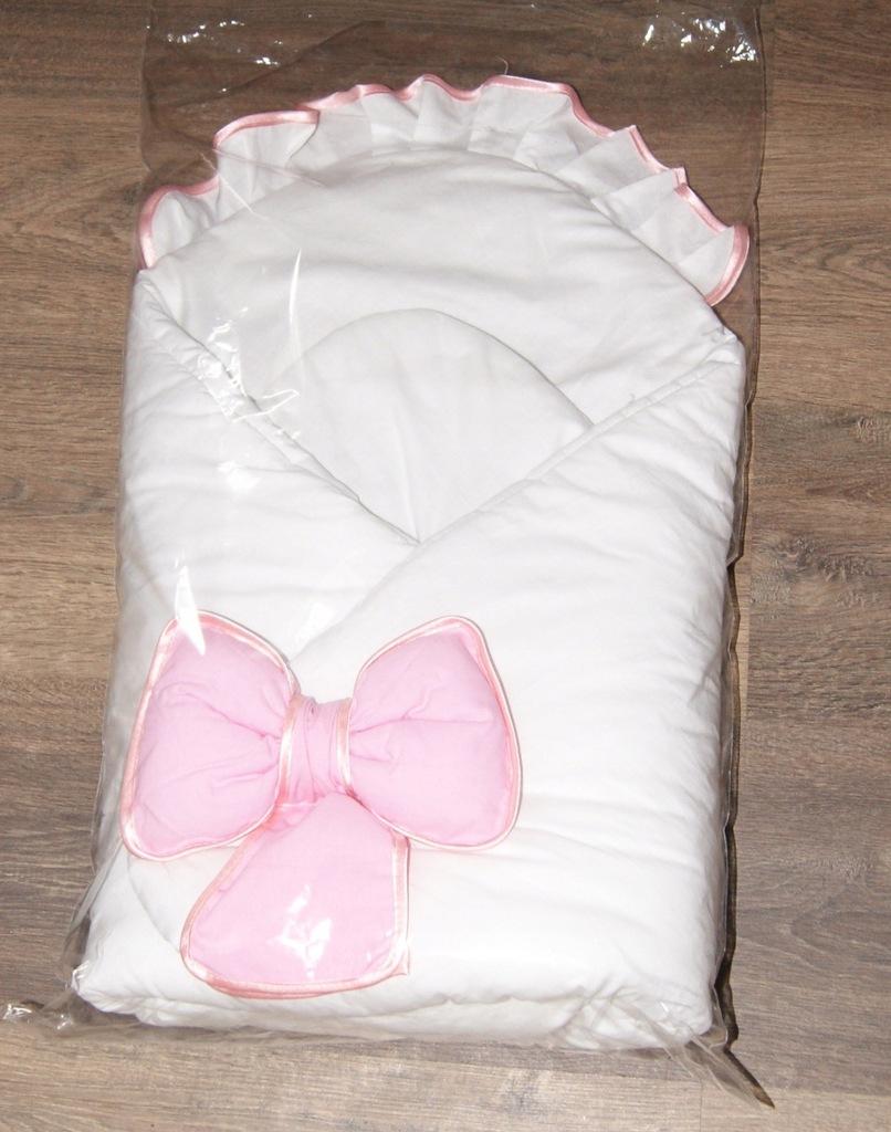 Rożek z różową kokardą do chrztu