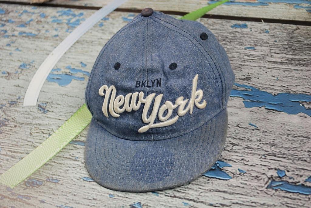 66 H&M CZAPKA Z DASZKIEM FULL CAP NEW YORK