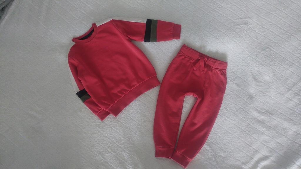 Next świetny dresik czerwony modny jesień 98 2-3 l