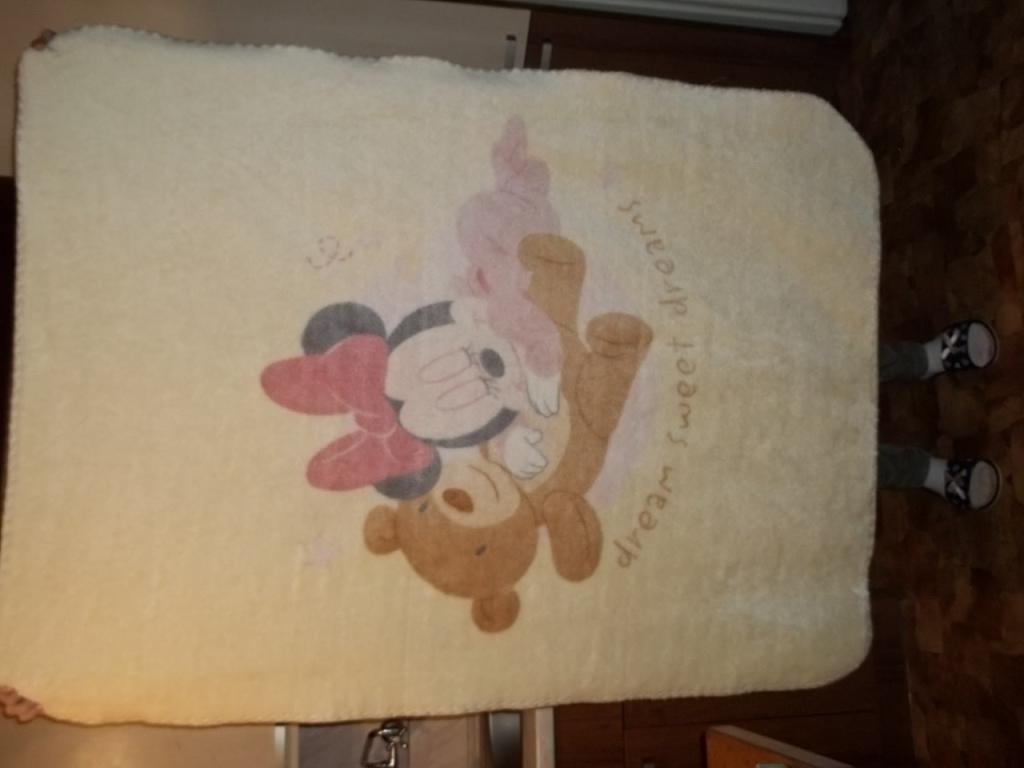 KOCYK akrylowy Minnie Mouse 110X140 GRUBY UŻYWANE