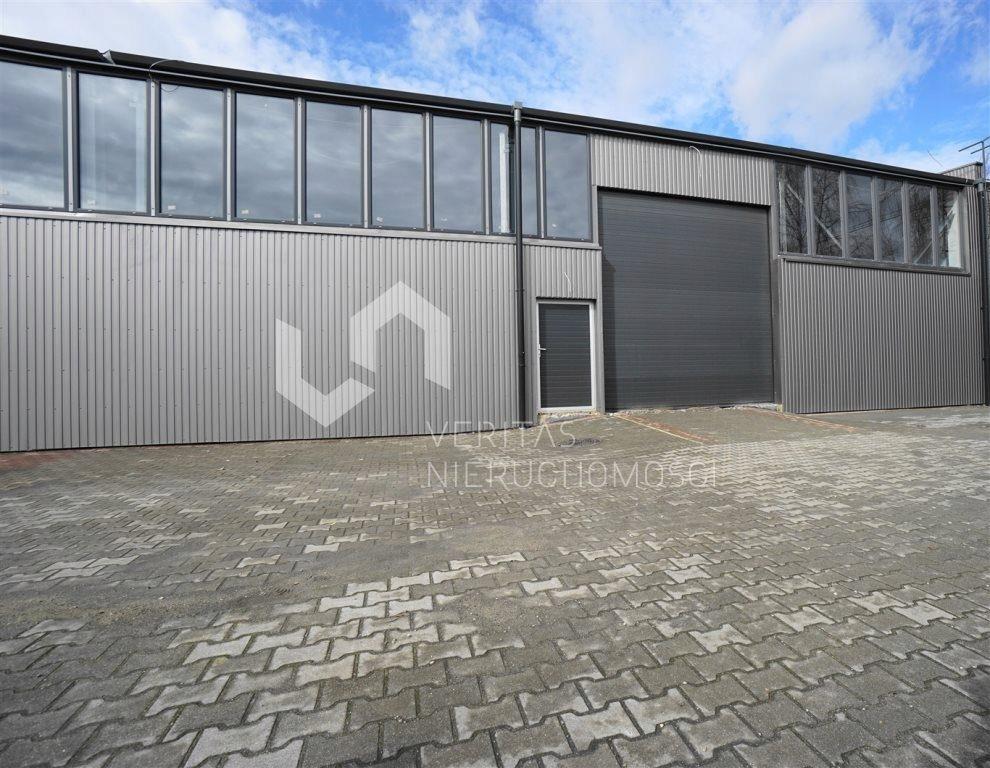 Magazyny i hale, Świętochłowice, 1450 m²