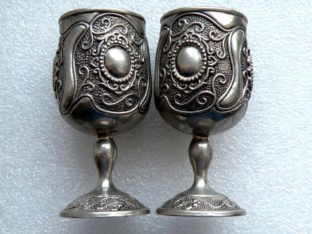 Kolekcjonerskie kieliszki metalowe plater - 2 szt.