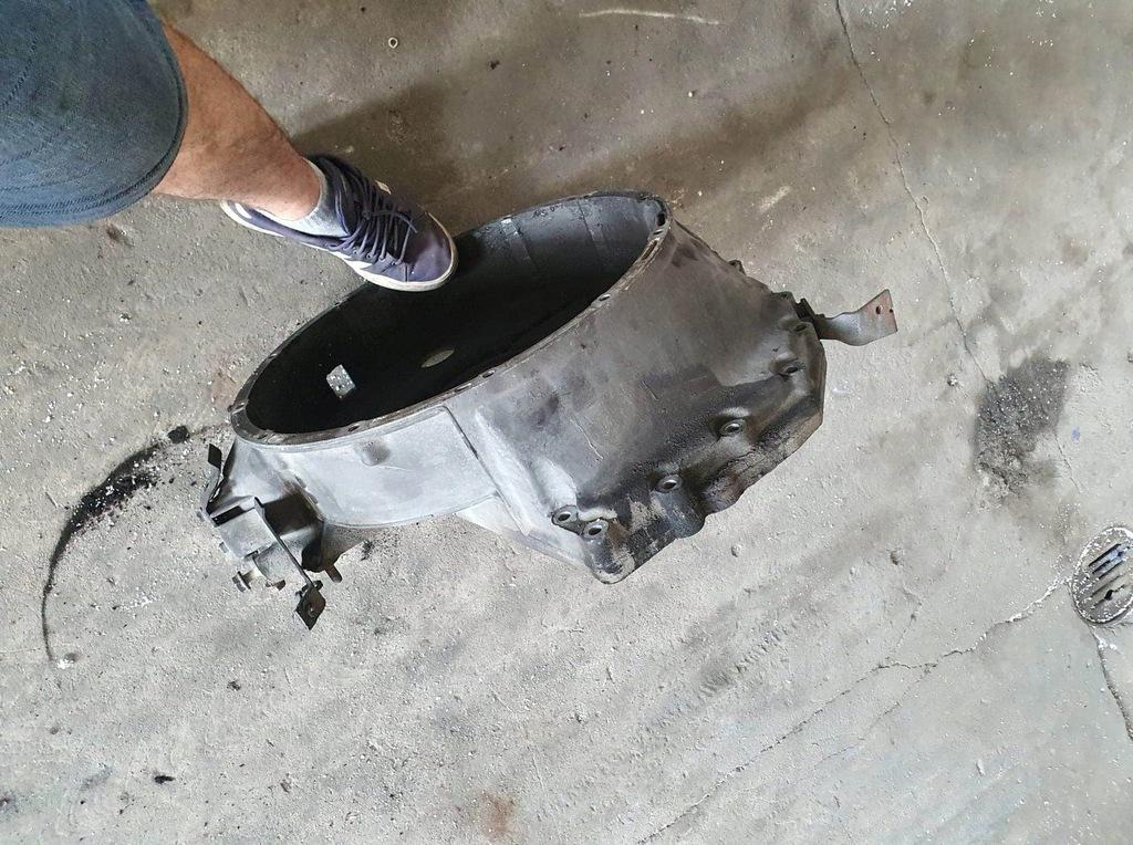 Mercedes atego obudowa sprzęgła A9060151802