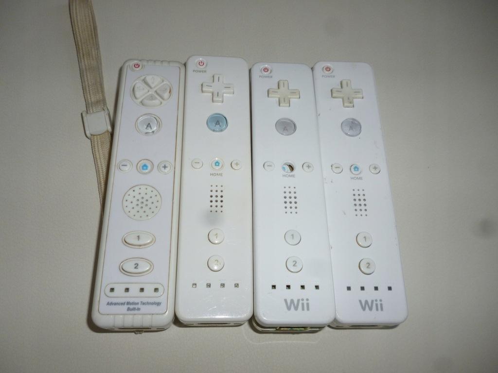 Pady wiiloty x 4 Nintendo Wii uszkodzone