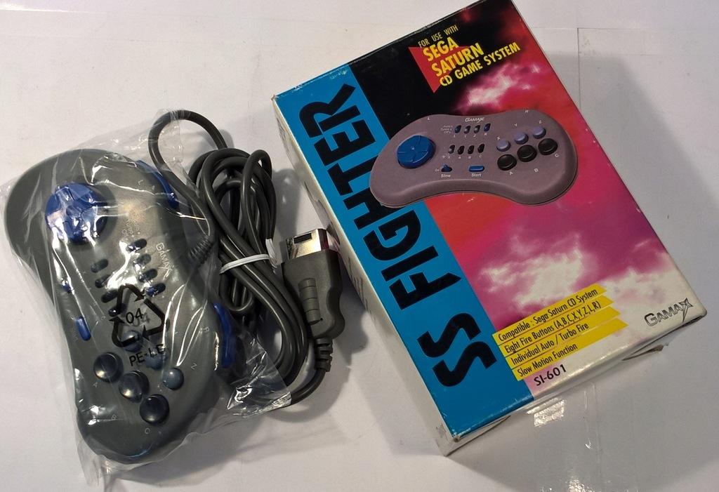 NOWY PAD JOYPAD - SS FIGHTER - BOX - Sega Saturn