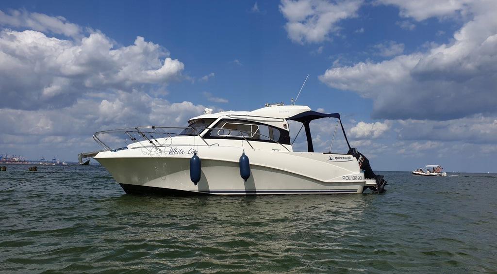 Jacht Motorowy Quicksilver 640 Weekend