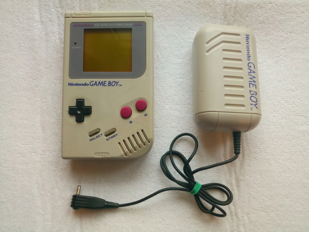 Game Boy Classic + Battery Pack