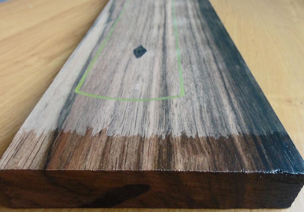 Drewno HEBAN na gryf typu Stratocaster, gr. 24,5mm