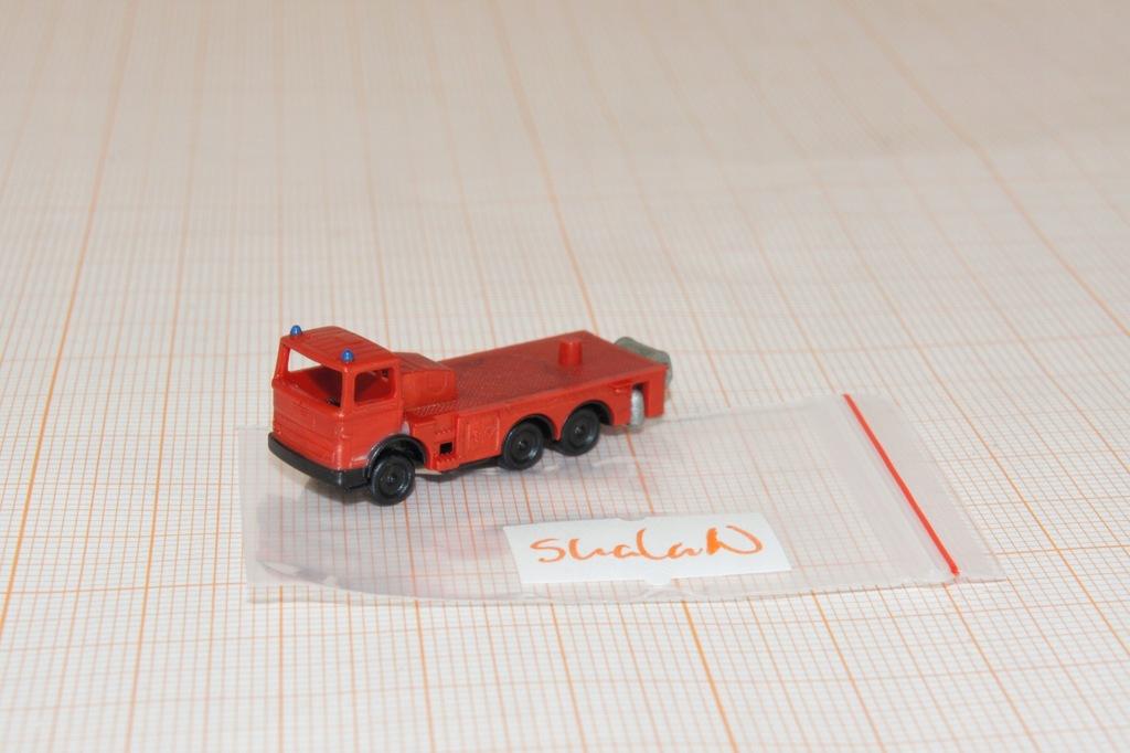 Auto na makietę w skali Z 1/220