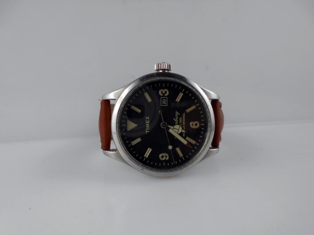 Zegarek Timex Waterbury TW2P75000