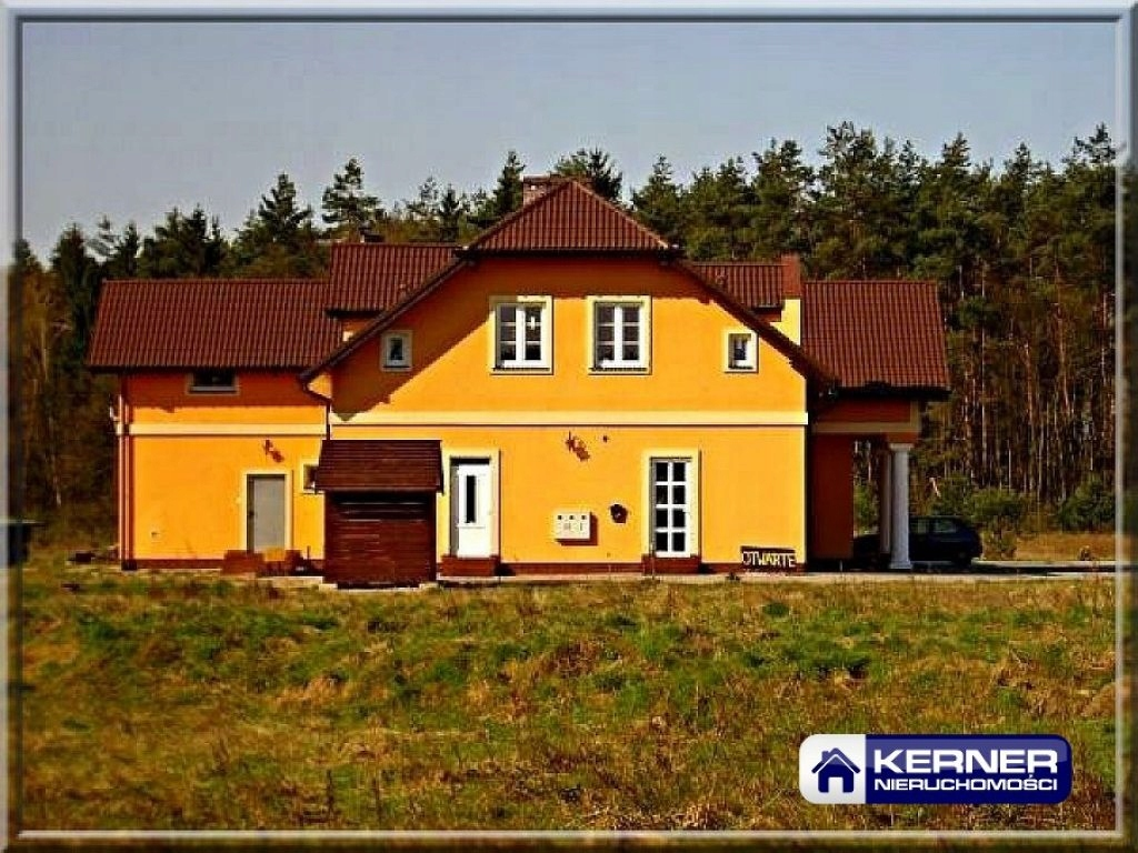 Komercyjne, Goleniów, Goleniów (gm.), 423 m²