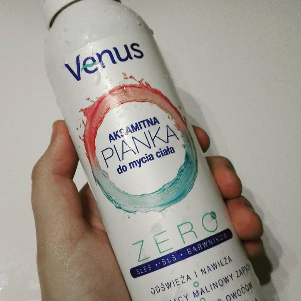 Aksamitna pianka do mycia ciała VENUS