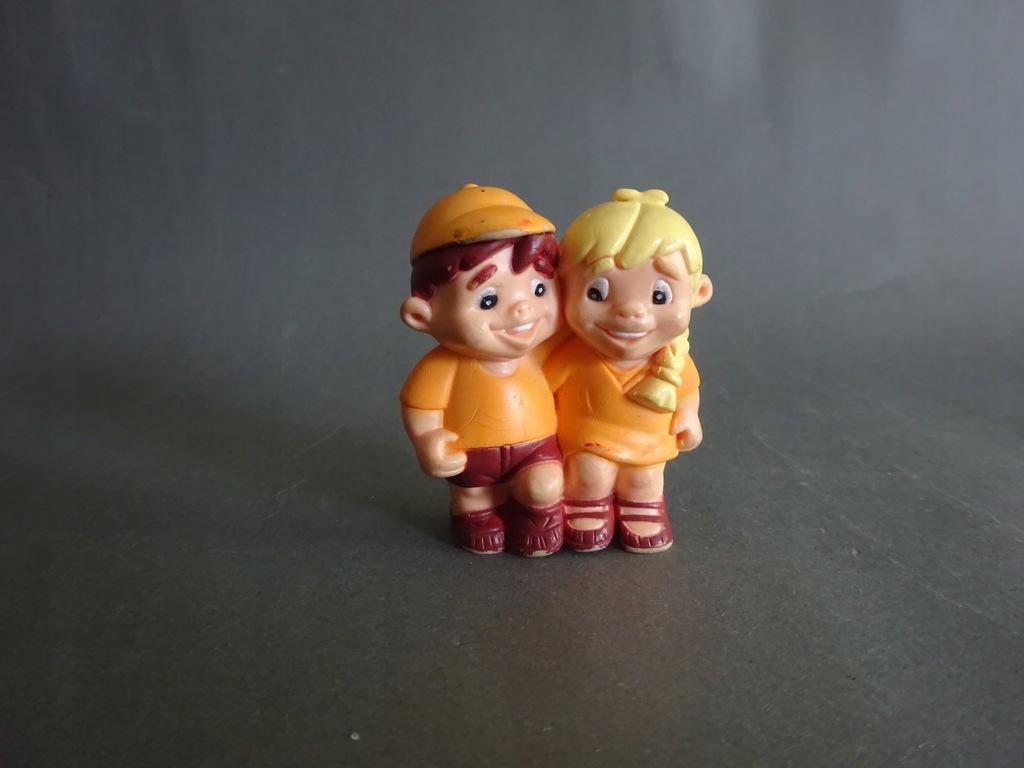 Stare zabawki / figurki Prl - 4