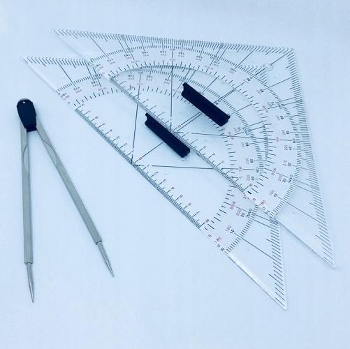 Zestaw nawigacyjny I 2 trójkąty, przenośnik