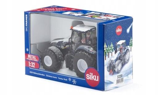 SIKU 3220 Christmas Tractor 1:32