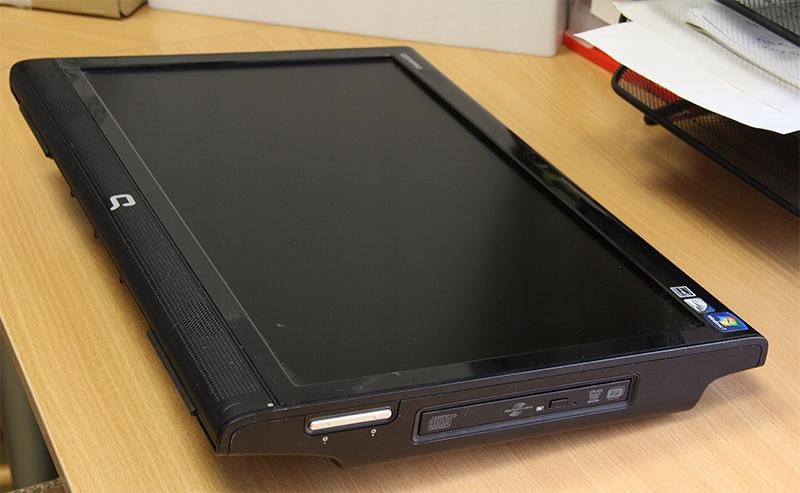 Komputer HP Compaq 100eu Atom 1,66 2GB RAM 160 HDD