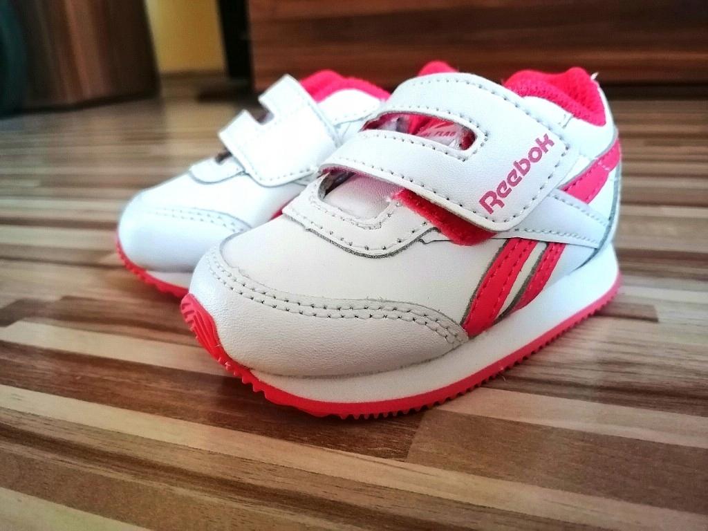 Buty sportowe reebok adidasy dla dziewczynki r.18.