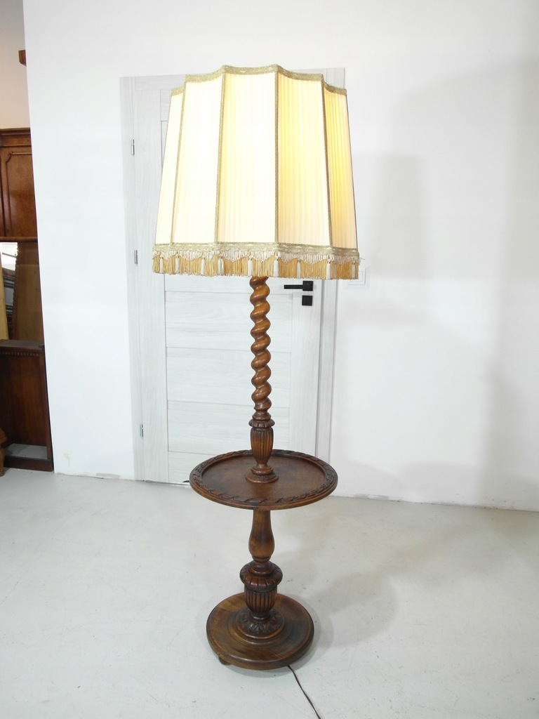 oldskulowa oryginalna lampa z abażurem